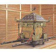 木造鍍金装神輿(丹生都比売神社蔵)