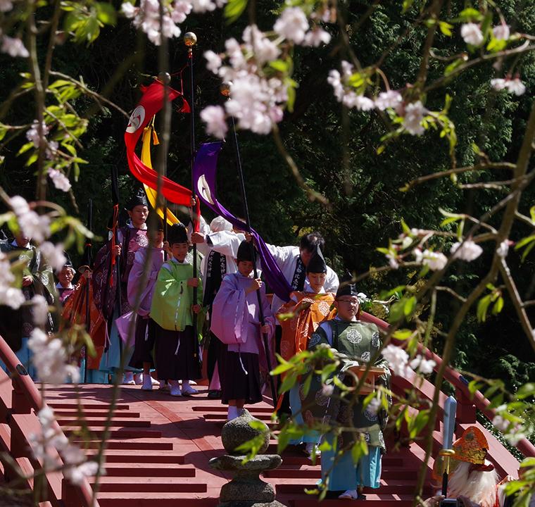 花盛祭(はなもりさい)の様子